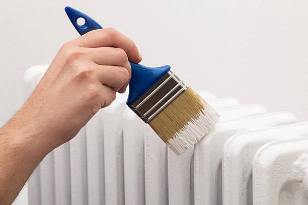 calorifero vernice bianca