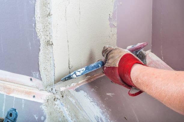riparazione intonaco muro