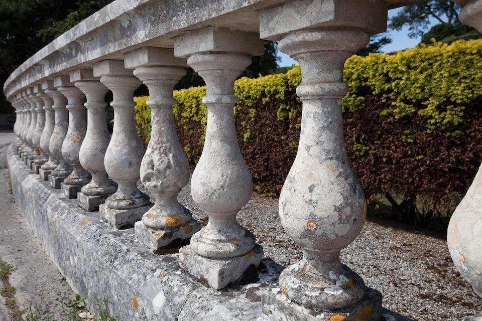 Recinzioni Per Giardino In Cemento.Come Eliminare I Muschi E Le Muffe Sugli Elementi Da Giardino