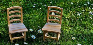 sedie aggiustate