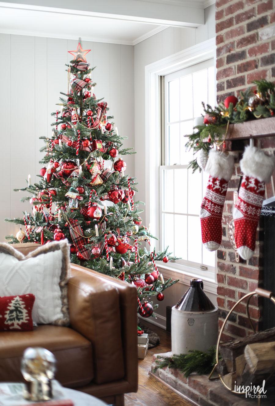 Alberi Di Natale Eleganti Immagini.Tendenza Alberi Di Natale 2019 Meglio Tradizione Ed Eleganza
