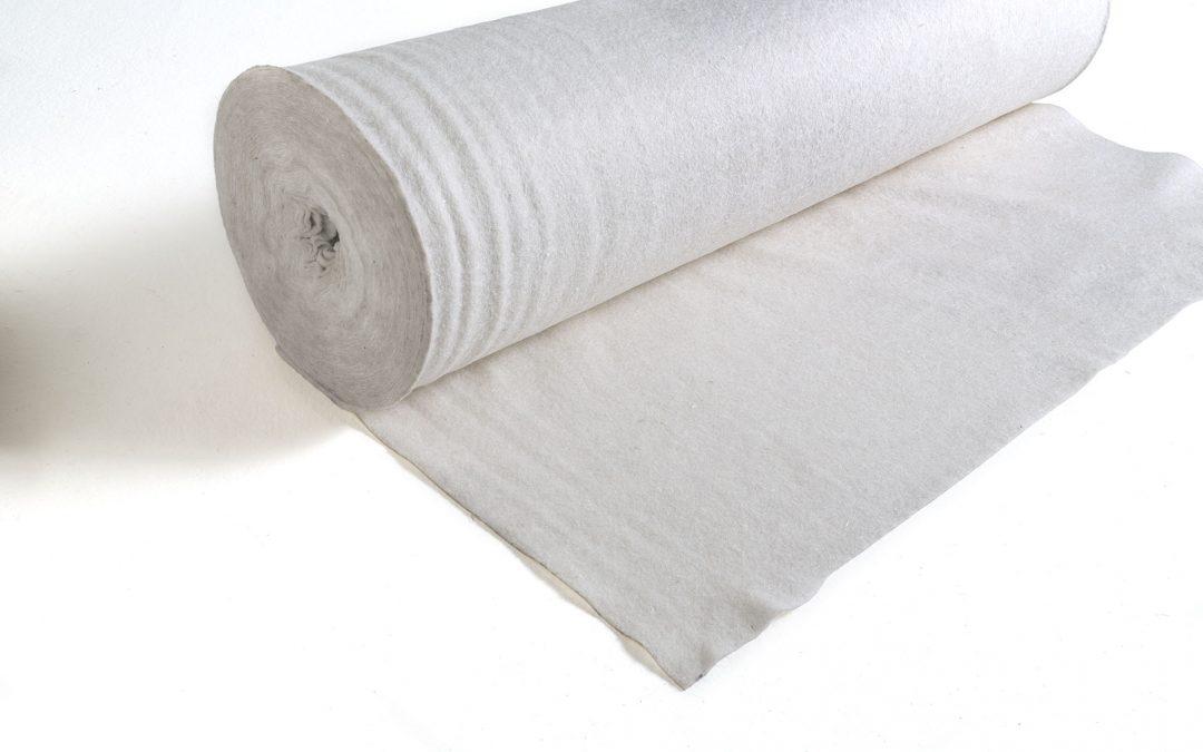 Tessuto non tessuto: proprietà, uso, giardino, balcone, agricoltura
